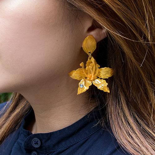 Dainty Hepatica Earrings